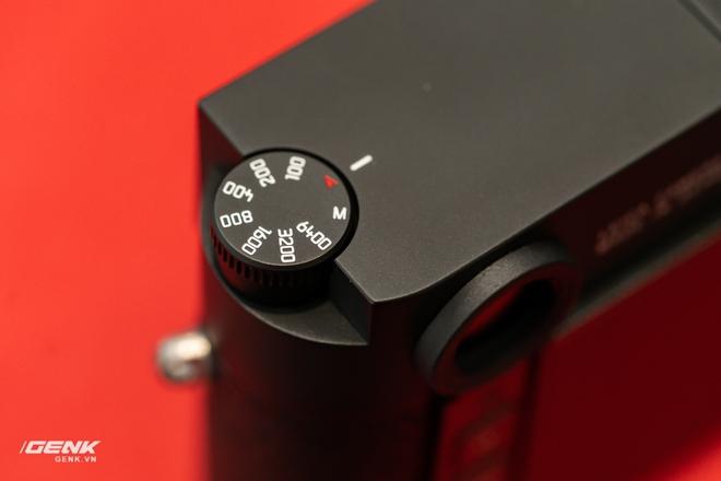 Đập hộp máy ảnh Leica M10-R: Vẫn là nét lạnh lùng hấp dẫn, cảm biến 40-megapixel, giá 219 triệu đồng - Ảnh 14.