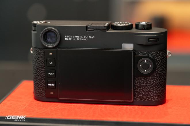 Đập hộp máy ảnh Leica M10-R: Vẫn là nét lạnh lùng hấp dẫn, cảm biến 40-megapixel, giá 219 triệu đồng - Ảnh 17.