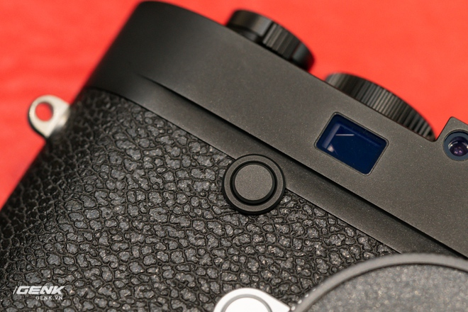 Đập hộp máy ảnh Leica M10-R: Vẫn là nét lạnh lùng hấp dẫn, cảm biến 40-megapixel, giá 219 triệu đồng - Ảnh 8.