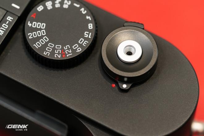 Đập hộp máy ảnh Leica M10-R: Vẫn là nét lạnh lùng hấp dẫn, cảm biến 40-megapixel, giá 219 triệu đồng - Ảnh 13.