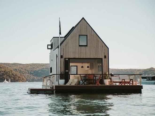Biệt thự nổi dành cho 2 người, giá 1.100 USD mỗi đêm và sử dụng hoàn toàn năng lượng mặt trời - Bạn có muốn thuê? - Ảnh 4.