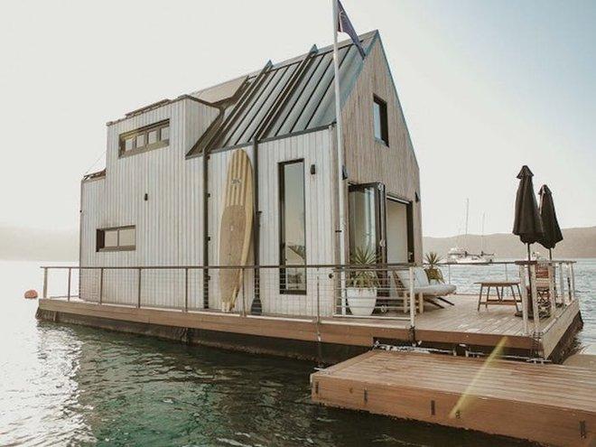 Biệt thự nổi dành cho 2 người, giá 1.100 USD mỗi đêm và sử dụng hoàn toàn năng lượng mặt trời - Bạn có muốn thuê? - Ảnh 7.