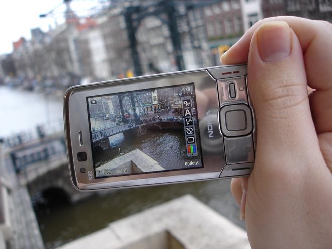 Ngược dòng thời gian: Những chiếc điện thoại để lại dấu ấn sâu đậm trong nhiếp ảnh di động trước thời iPhone và Android thống trị - Ảnh 7.