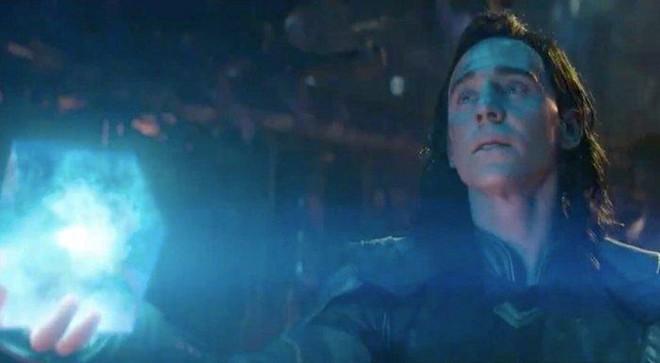 Ngỡ ngàng với những khối Tesseract tuyệt đẹp do fan Marvel tự chế tạo từ vật dụng thường ngày - Ảnh 1.