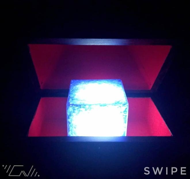 Ngỡ ngàng với những khối Tesseract tuyệt đẹp do fan Marvel tự chế tạo từ vật dụng thường ngày - Ảnh 5.