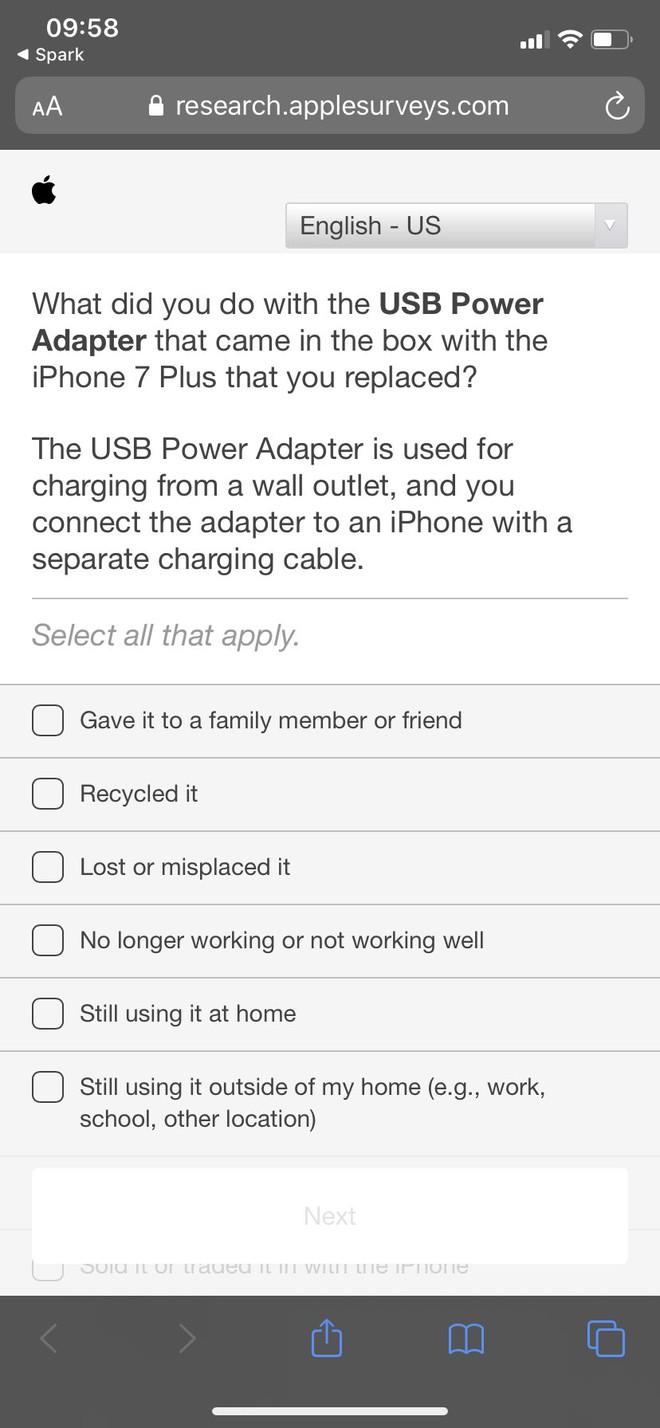 Giữa tin đồn iPhone 12 bỏ củ sạc, Apple thăm dò người dùng về củ sạc iPhone cũ - Ảnh 2.