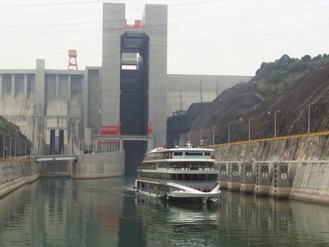 Kỳ quan trong kỳ quan: thang máy tải trọng 3.000 tấn nằm bên trong đập Tam Hiệp - Ảnh 1.