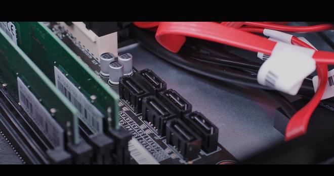 Đi trước Apple một bước, Huawei ra mắt máy tính chạy chip xử lý ARM tự sản xuất, 100% linh kiện Trung Quốc, giá 1.000 USD - Ảnh 8.