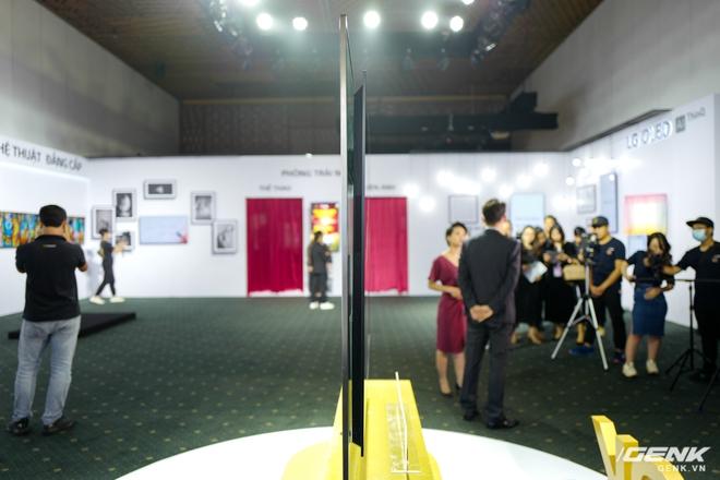 Cận cảnh 2 TV OLED 8K mới nhất của LG: Mỏng, đẹp, giá cũng sang chảnh không kém - Ảnh 2.