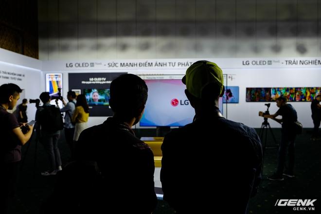 Cận cảnh 2 TV OLED 8K mới nhất của LG: Mỏng, đẹp, giá cũng sang chảnh không kém - Ảnh 4.