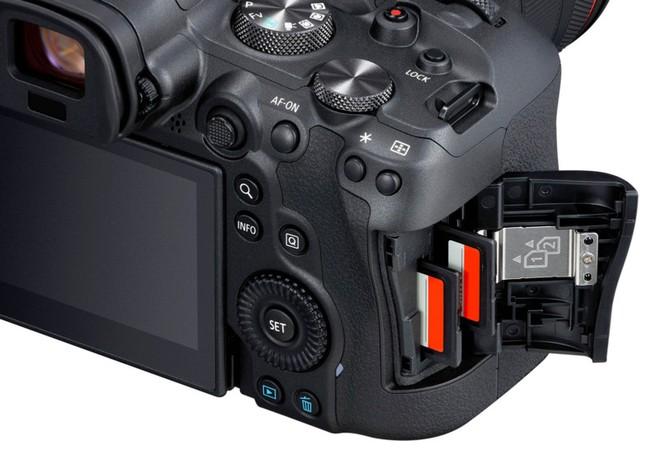 Canon chính thức ra mắt bộ đôi Mirrorless EOS R5 và R6: Sự trở lại ngôi vương của Canon? - Ảnh 12.