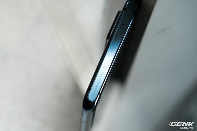 Cận cảnh Vivo X50 Pro giá 20 triệu: Thiết kế hiện đại, camera gimbal siêu chống rung, màn hình tràn viền 90Hz, Snapdragon 765G - Ảnh 12.