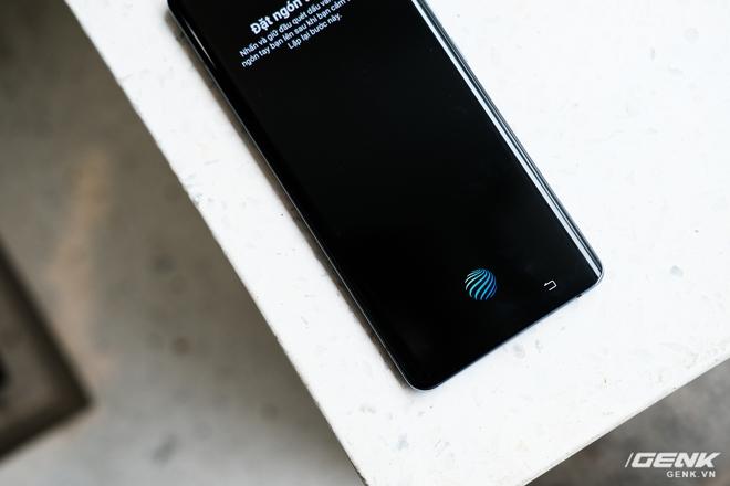 Cận cảnh Vivo X50 Pro giá 20 triệu: Thiết kế hiện đại, camera gimbal siêu chống rung, màn hình tràn viền 90Hz, Snapdragon 765G - Ảnh 17.