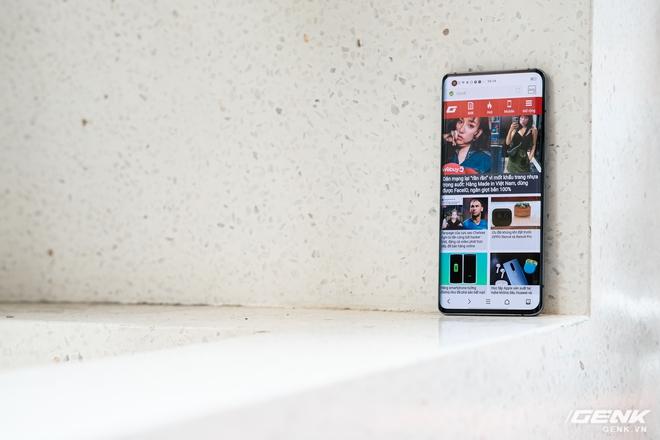 Cận cảnh Vivo X50 Pro giá 20 triệu: Thiết kế hiện đại, camera gimbal siêu chống rung, màn hình tràn viền 90Hz, Snapdragon 765G - Ảnh 15.