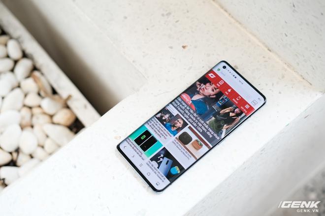 Cận cảnh Vivo X50 Pro giá 20 triệu: Thiết kế hiện đại, camera gimbal siêu chống rung, màn hình tràn viền 90Hz, Snapdragon 765G - Ảnh 16.