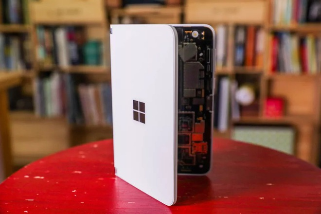 Bên trong siêu phẩm màn hình kép giá cao - Microsoft Surface Duo - Ảnh 17.