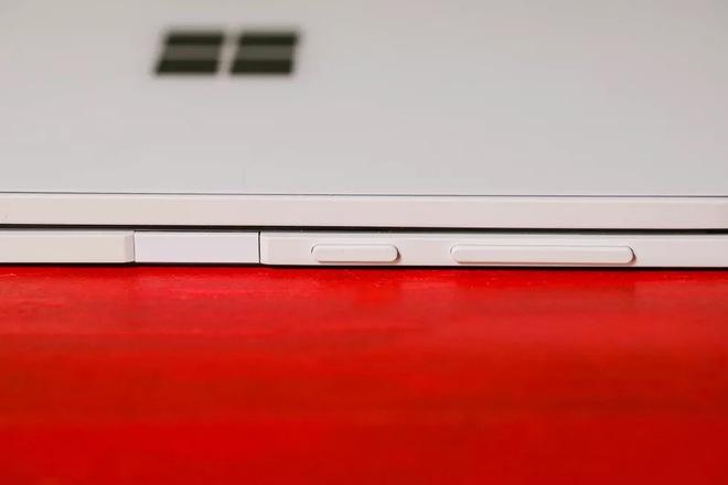 Bên trong siêu phẩm màn hình kép giá cao - Microsoft Surface Duo - Ảnh 21.