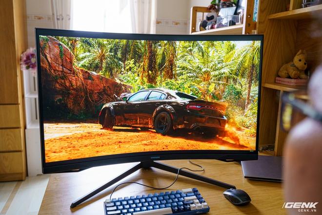 Trải nghiệm nhanh Samsung Odyssey G7: màn hình gaming 240Hz có điểm nhấn công nghệ QLED - Ảnh 16.