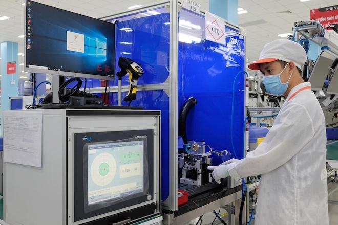 Vingroup sản xuất linh kiện máy thở cho Medtronic, đáp ứng quy chuẩn quốc tế khắt khe - Ảnh 1.