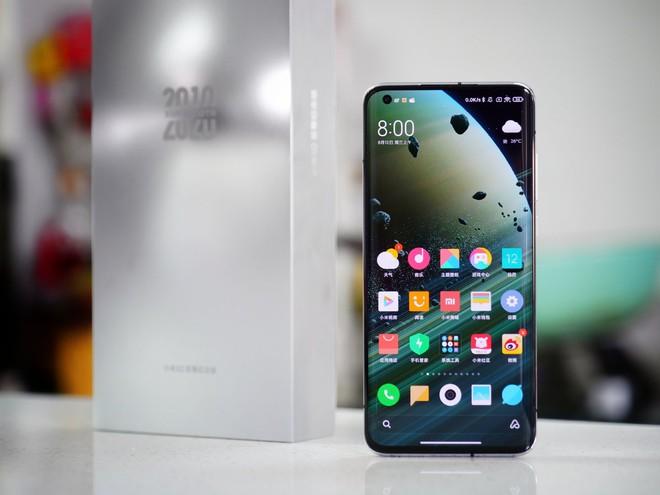 Xiaomi Mi 10 Ultra sử dụng màn hình OLED do TCL sản xuất - Ảnh 1.