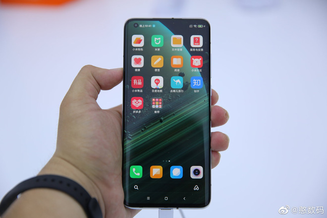 Xiaomi Mi 10 Ultra sử dụng màn hình OLED do TCL sản xuất - Ảnh 2.