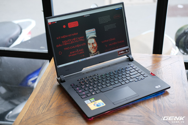 Cận cảnh laptop chiến game hàng khủng ROG Strix SCAR 15 (2020): Thiết kế không đổi, nâng cấp cấu hình với Core i7 Gen 10, RTX 2060 115W, giá căng gần 48 triệu - Ảnh 5.