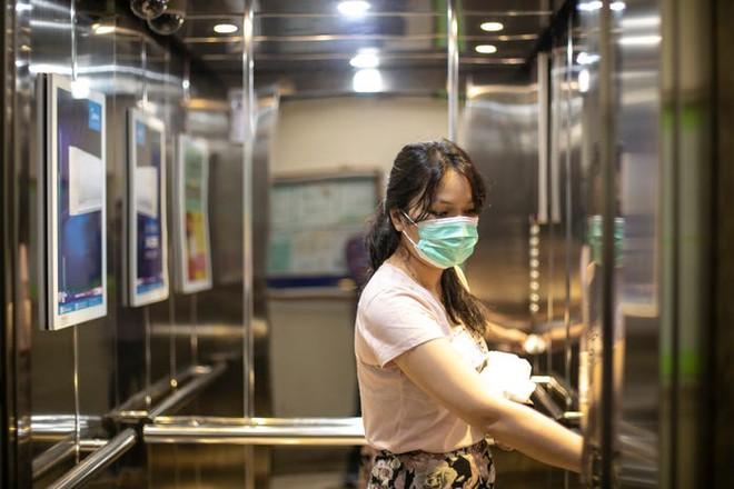 Nguy cơ lây nhiễm COVID-19 từ phòng nghỉ khách sạn là rất thấp nếu đảm bảo vệ sinh đúng cách - Ảnh 3.