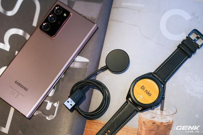 Mở hộp Galaxy Watch3 mặt 45mm: Thiết kế thanh lịch hơn, trang bị khả năng đo nồng độ oxy trong máu, có hơn 120 bài tập tại nhà, bản GPS giá từ 9,99 triệu đồng - Ảnh 4.