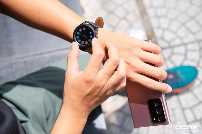 Mở hộp Galaxy Watch3 mặt 45mm: Thiết kế thanh lịch hơn, trang bị khả năng đo nồng độ oxy trong máu, có hơn 120 bài tập tại nhà, bản GPS giá từ 9,99 triệu đồng - Ảnh 12.