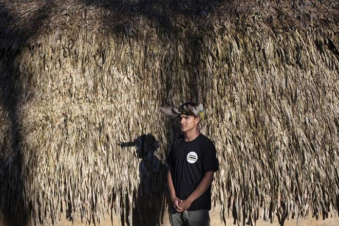 Thổ dân vùng Amazon đang bảo vệ cánh rừng và loài báo bằng ... drone - Ảnh 1.