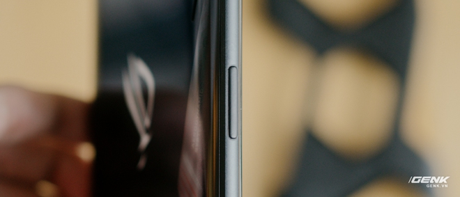 Trên tay quái vật gaming ROG Phone 3: Snapdragon 865+, màn hình 144Hz, pin 6000mAh, giá từ 14.5 triệu đồng - Ảnh 14.