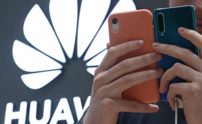 Các đòn trừng phạt của Mỹ đang từ từ bóp nghẹt smartphone Huawei như thế nào? - Ảnh 3.