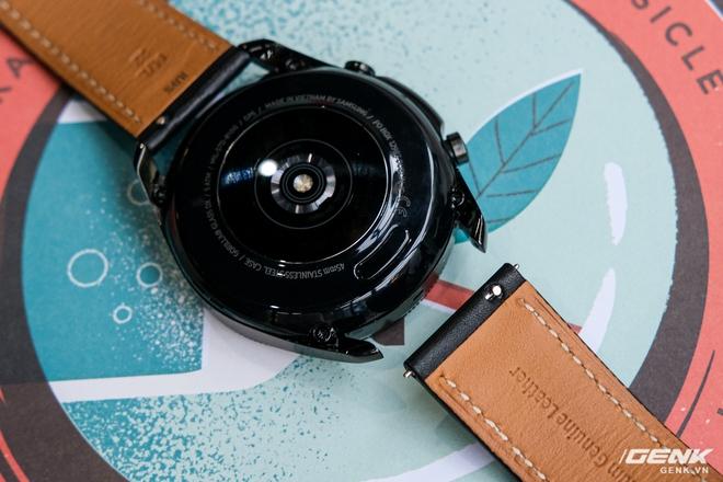 So sánh Galaxy Watch3, OPPO Watch và Apple Watch Series 5, bạn chọn smartwatch nào? - Ảnh 8.