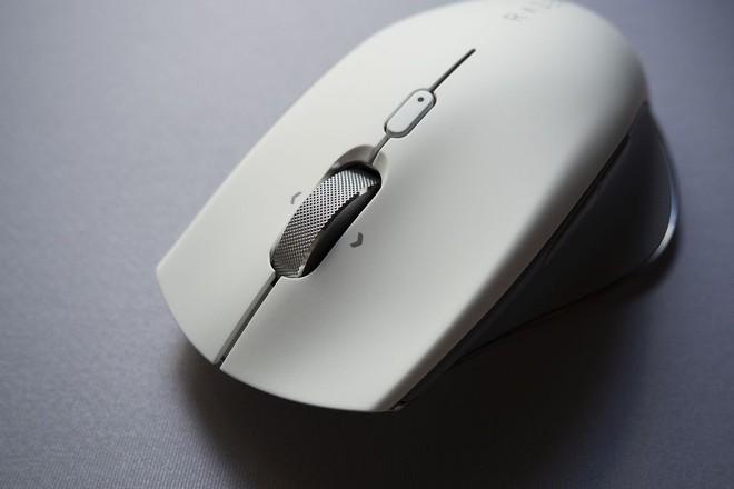Razer Pro Click ra mắt: Chuột chơi game công thái học, thiết kế thay đổi, không đèn RGB, không dây, giá 99,99 USD - Ảnh 3.