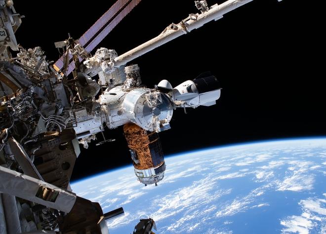 NASA phát hiện trạm vũ trụ ISS đang bị rò rỉ khí oxy, tức tốc cử phi hành gia đi điều tra sự cố - Ảnh 1.