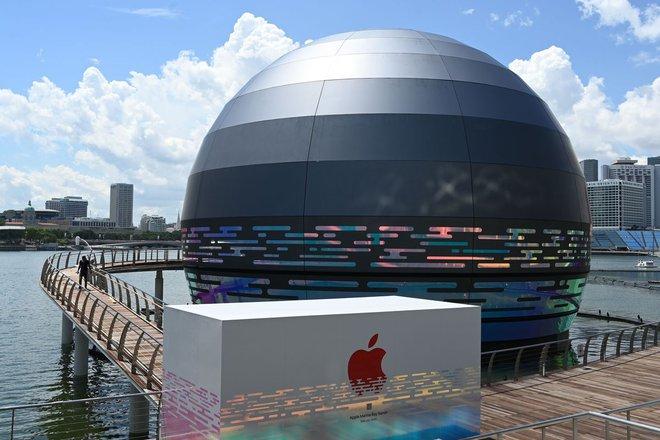 Quả cầu phát sáng khổng lồ này sẽ là Apple Store nổi đầu tiên trên thế giới - Ảnh 2.