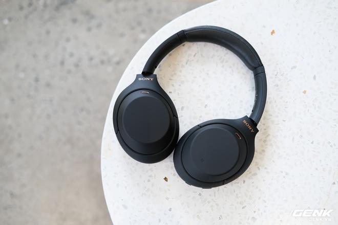 Trên tay tai nghe Sony WH-1000XM4: Ngoại hình không thay đổi, kết nối 1 lúc 2 thiết bị, nâng cấp chống ồn, giá 8,49 triệu đồng - Ảnh 5.