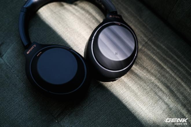 Trên tay tai nghe Sony WH-1000XM4: Ngoại hình không thay đổi, kết nối 1 lúc 2 thiết bị, nâng cấp chống ồn, giá 8,49 triệu đồng - Ảnh 15.