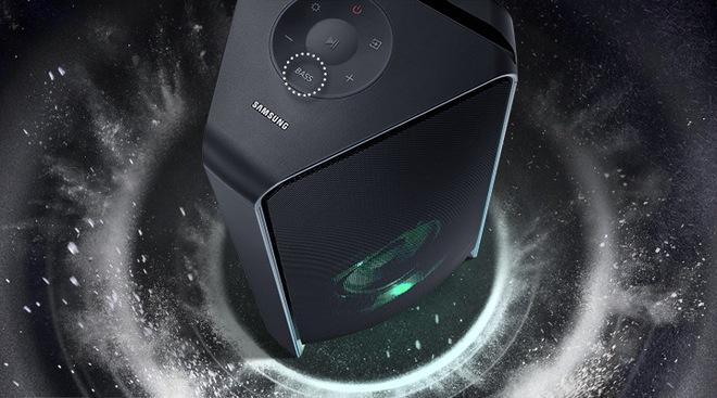 Samsung ra mắt loa tháp mới với âm thanh hai chiều mạnh mẽ, giá hơn 1 tỷ đồng - Ảnh 1.