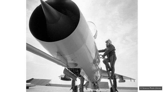 Câu chuyện về máy bay dân sự siêu thanh đầu tiên trên thế giới: mạnh mẽ nhưng yểu mệnh - Ảnh 1.