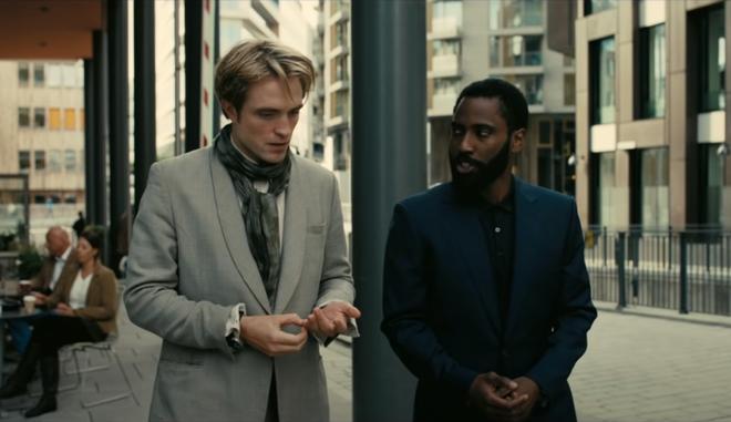 Robert Pattinson xin nghỉ quay Tenet do nhà có việc, đạo diễn Christopher Nolan biết ngay anh chàng đi thử vai Batman - Ảnh 3.