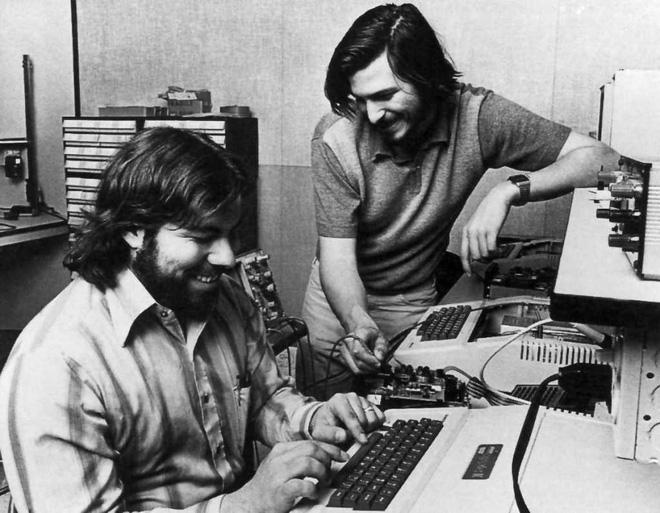 Sản phẩm cách mạng cuối cùng của Steve Jobs mới chỉ bước sang năm tuổi đời thứ 13, sao bạn đã vội chê Apple mất hết sức sáng tạo? - Ảnh 2.