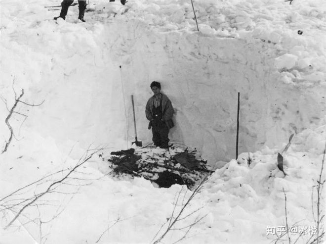 Sự kiện đèo Dyatlov: Tai nạn leo núi kỳ lạ nhất trong lịch sử nhân loại (Phần 2) - Ảnh 6.