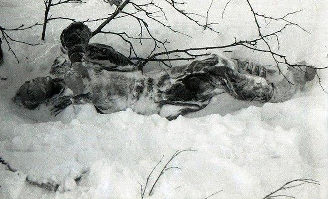 Sự kiện đèo Dyatlov: Tai nạn leo núi kỳ lạ nhất trong lịch sử nhân loại (Phần 2) - Ảnh 3.