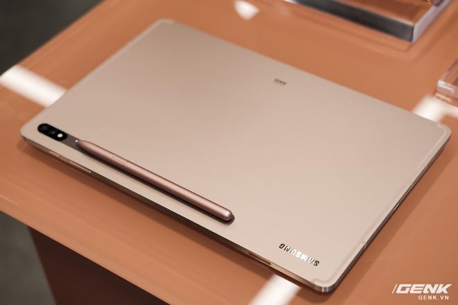 Ảnh thực tế Galaxy Tab S7 tại VN: Hai kích thước màn hình, 120Hz, Snapdragon 865+, Samsung DeX không dây - Ảnh 1.