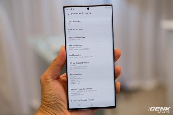 Trên tay Galaxy Note20/Note20 Ultra vừa ra mắt: Một cứng cáp, một mềm mại, màu đẹp xuất sắc, hợp cả nữ lẫn nam - Ảnh 13.
