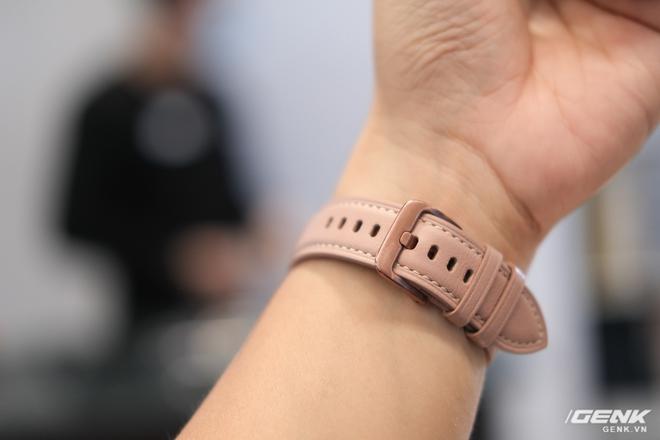 Trên tay đồng hồ Samsung Galaxy Watch 3 và tai nghe không dây chống ồn hạt đậu Galaxy Buds Live - Ảnh 5.