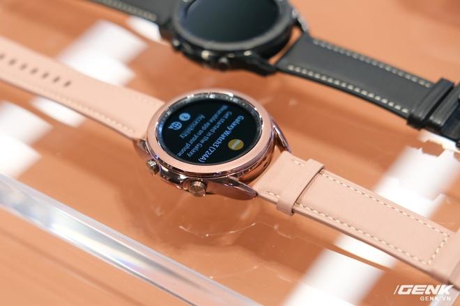 Trên tay đồng hồ Samsung Galaxy Watch 3 và tai nghe không dây chống ồn hạt đậu Galaxy Buds Live - Ảnh 2.