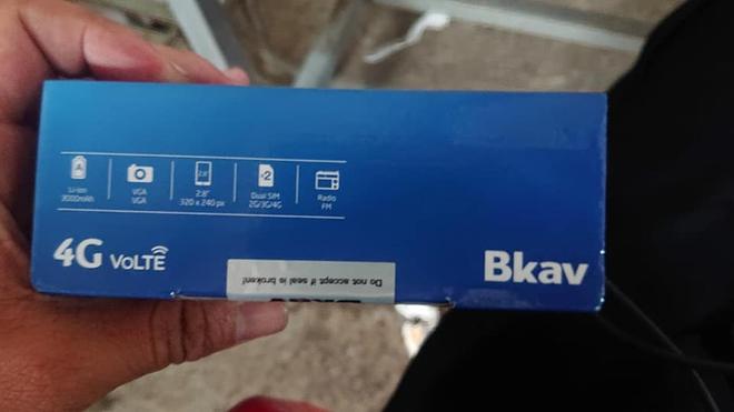 Điện thoại cơ bản của BKAV lộ diện: Chạy KaiOS, hỗ trợ 4G, sản xuất tại Trung Quốc - Ảnh 3.