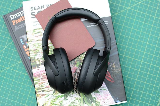 Sony ra mắt tai nghe WH-1000XM4: Tiếp tục nâng cấp chống ồn chủ động, kết nối 2 thiết bị - Ảnh 1.